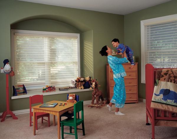 2006_NAN_Front Street_Nursery